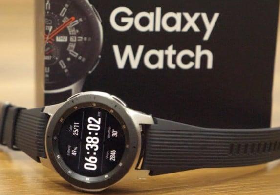 Samsung Galaxy Watch Uitgepakt